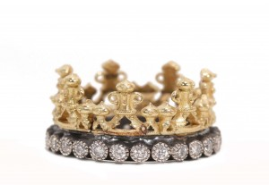 Armenta Yellow Gold And Old World Scalloped Half-Crown Ring