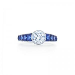 Kwiat Vintage Round Brilliant Diamond Engagement Ring