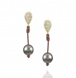 Vincent Peach Demure Teardrop Earrings Gold