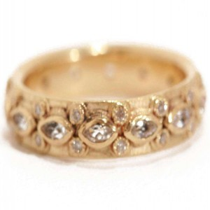 Armenta Sueno Lacy Eternity Stack Ring