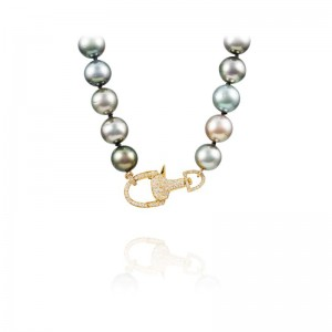 Vincent Peach Equestrian Tahitian Knotted Necklace