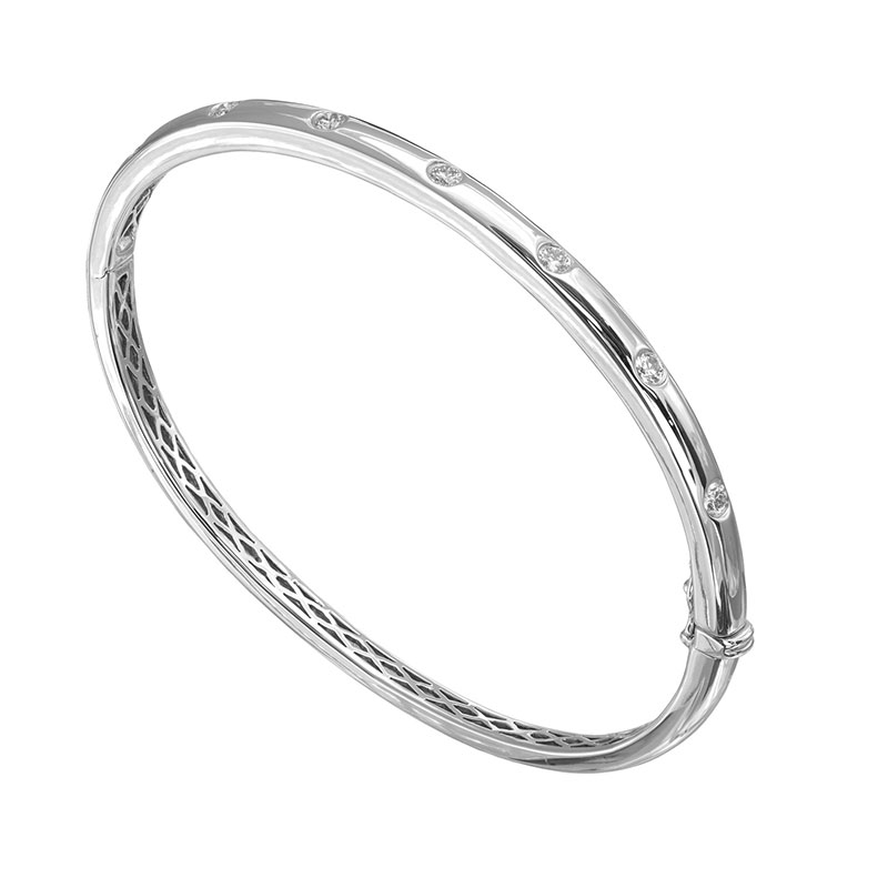 Jye's Bezel Set Bangle Bracelet