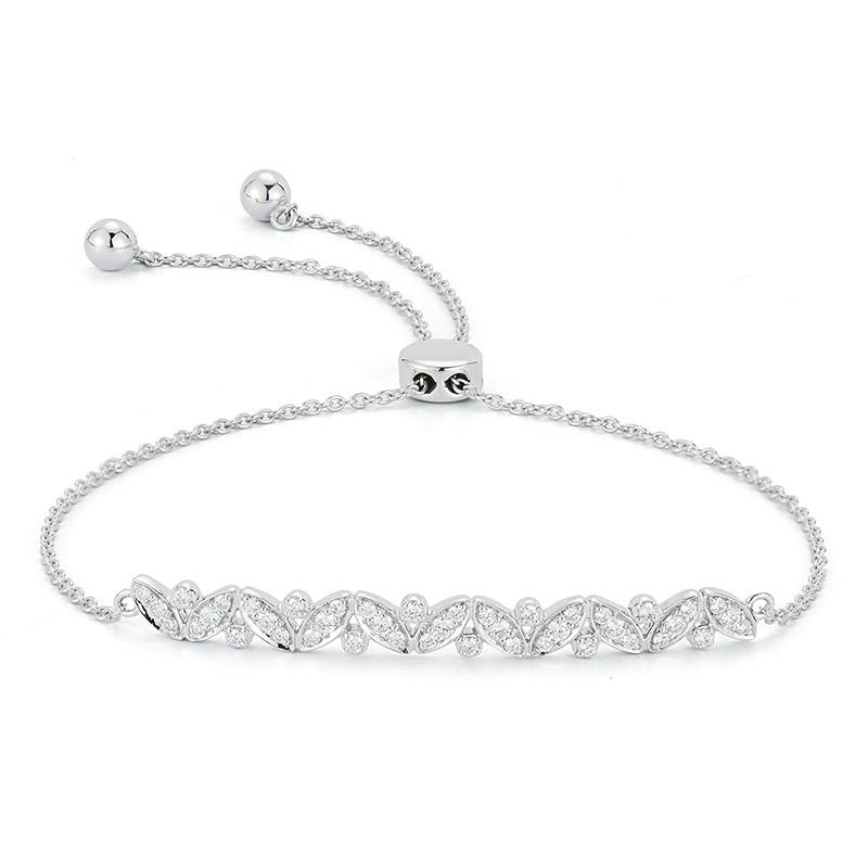 Deutsch Signature Diamond Clustered Bolo Bracelet