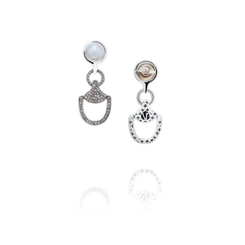 Vincent Peach Churchill Downs Diamond Earrings
