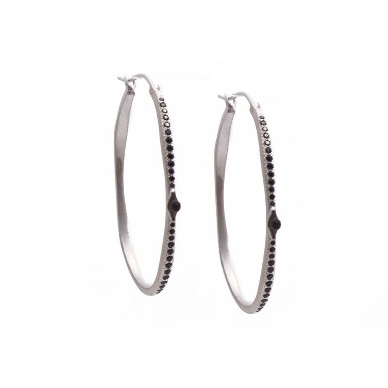 New World Silver Single Crivelli Black Sapphire Oval Side Hoop
