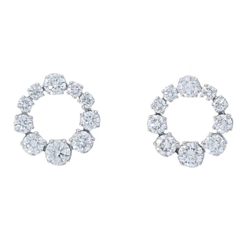Deutsch Signature Graduated Diamond Circle Stud Earrings