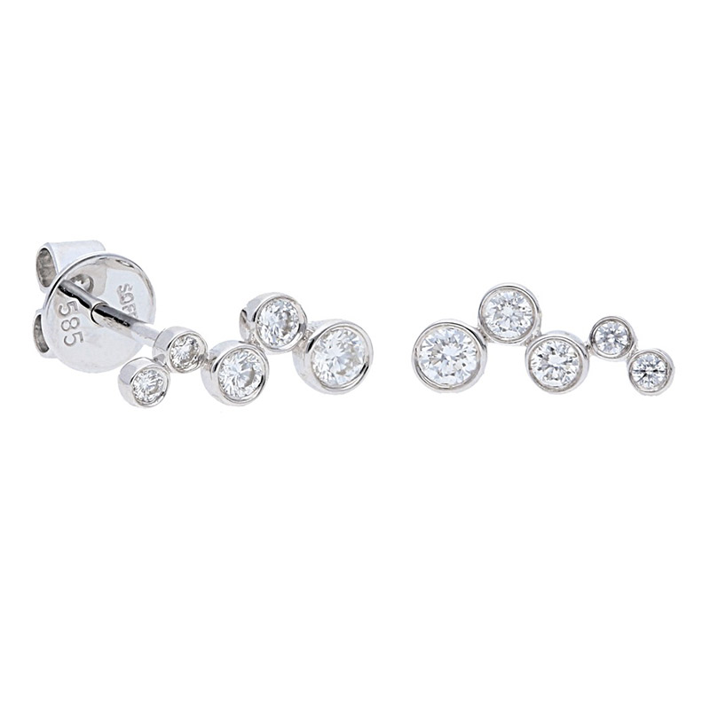 Deutsch Signature Diamond Graduating Bezel Studs
