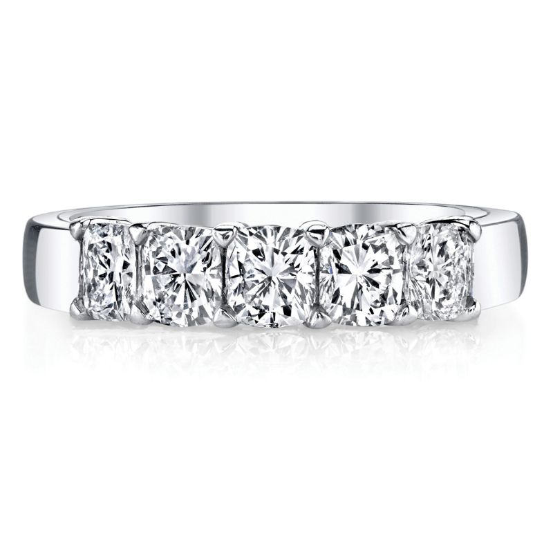 Deutsch Signature 5 Cushion Diamond Shared Prong Basket Set Band