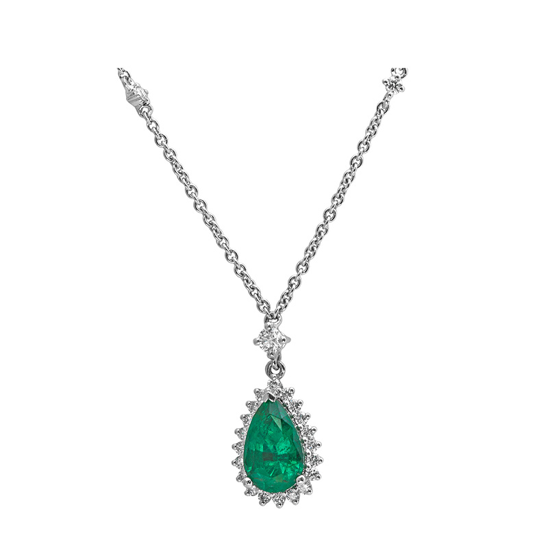 Jye's Emerald and Round Diamond Halo Necklace
