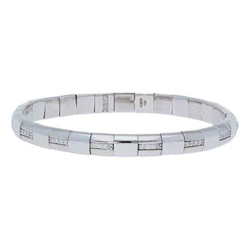 18K White Gold Stretch Bracelet with Alternating Diamonds