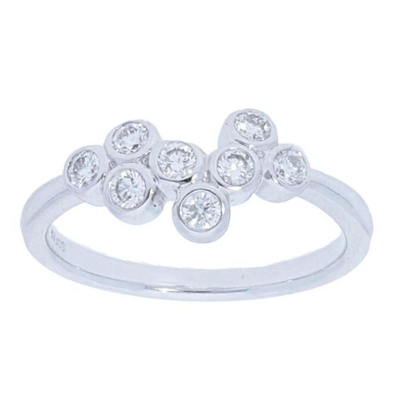 Deutsch Signature Scattered Diamond Bezel Ring