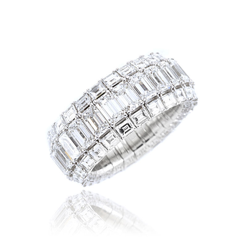 Xpandable™ Full Eternity Emerald-Cut Diamond Band SMALL