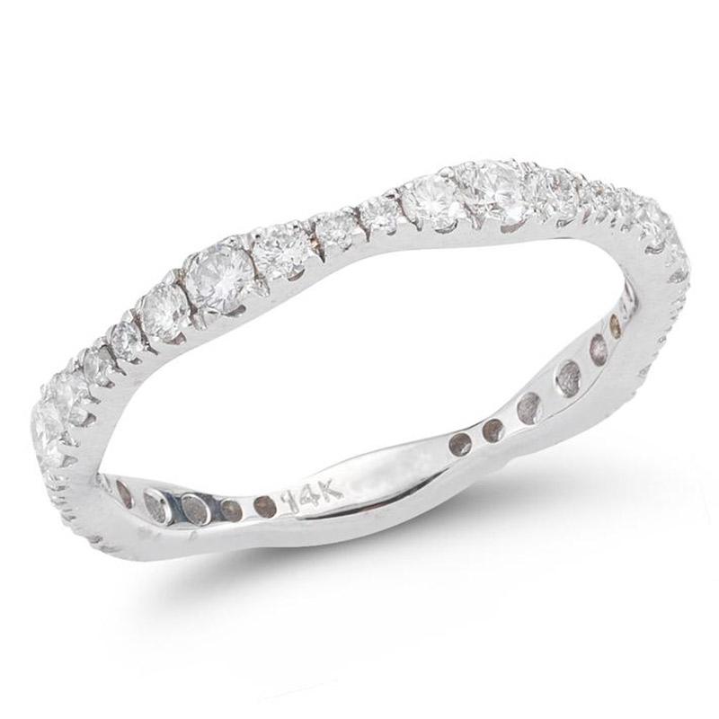 Deutsch Signature Graduating Diamond Ring