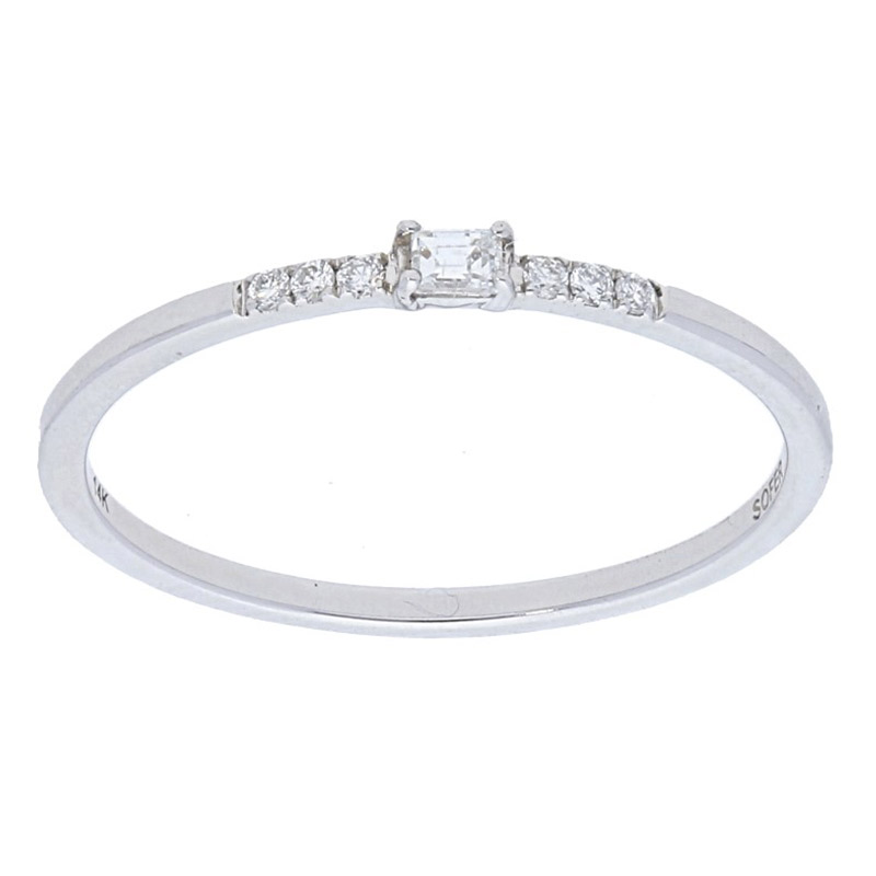 Deutsch Signature Thin Band With Single Baguette Diamond