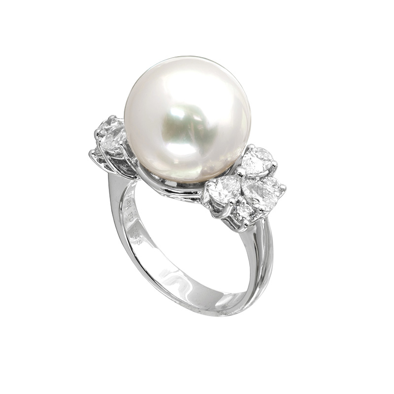 Jye's Pearl and diamond Cluster Ring