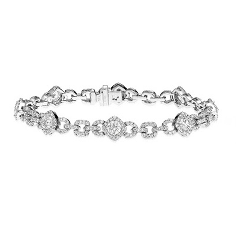 Deutsch Signature Diamond Cushion Shape Link Bracelet