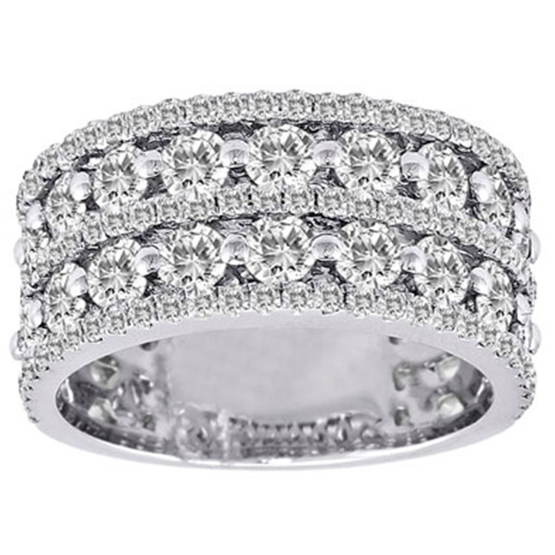 Deutsch Signature Round Diamonds with Pave Diamond Borders Band