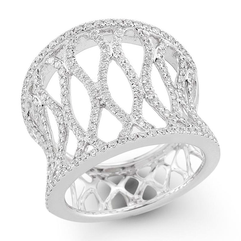 Deutsch Signature Wide Interlocking Oval Diamond Band