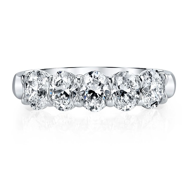 Deutsch Signature 5 Oval Diamond Shared Prong Basket Set Band
